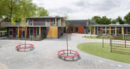 Nieuws Modulair bouwen deze school stond binnen een paar maanden Deluxe Complete Onderwijs
